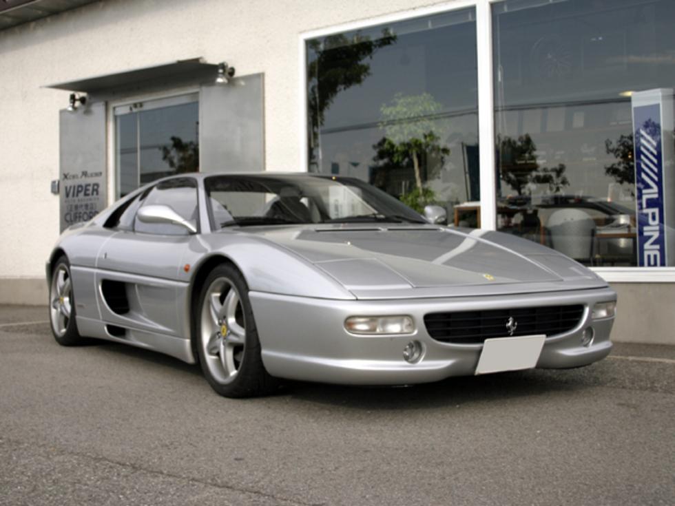 Ferrariのサムネイル